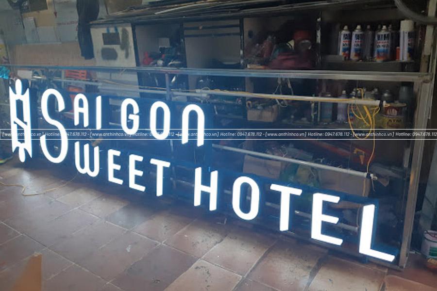 Lắp đặt chữ nổi led cho khách sạn
