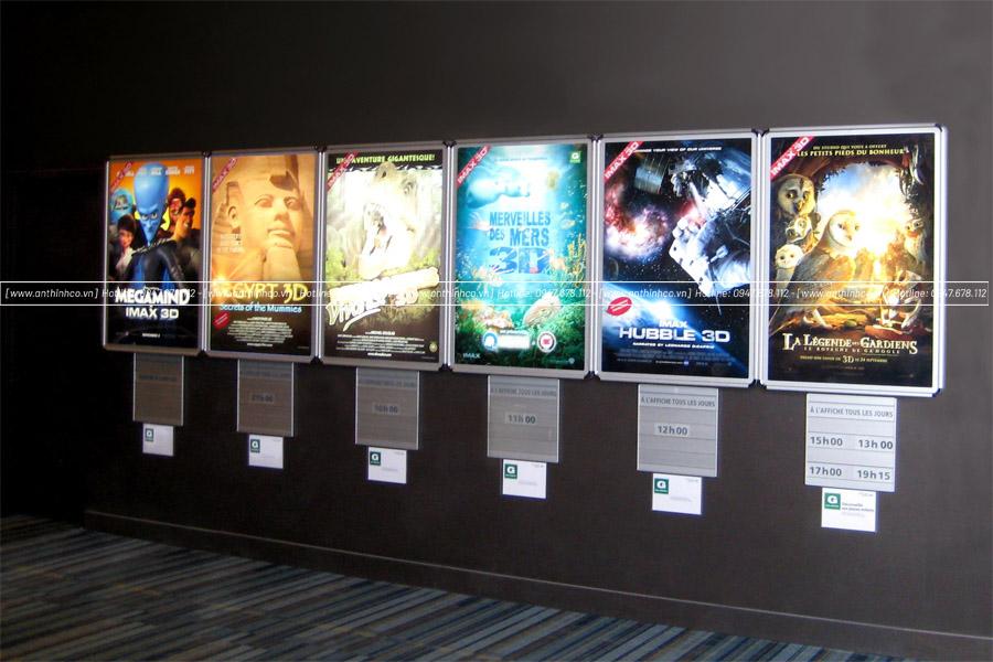 Lightbox thường dùng để quảng cáo phim mới